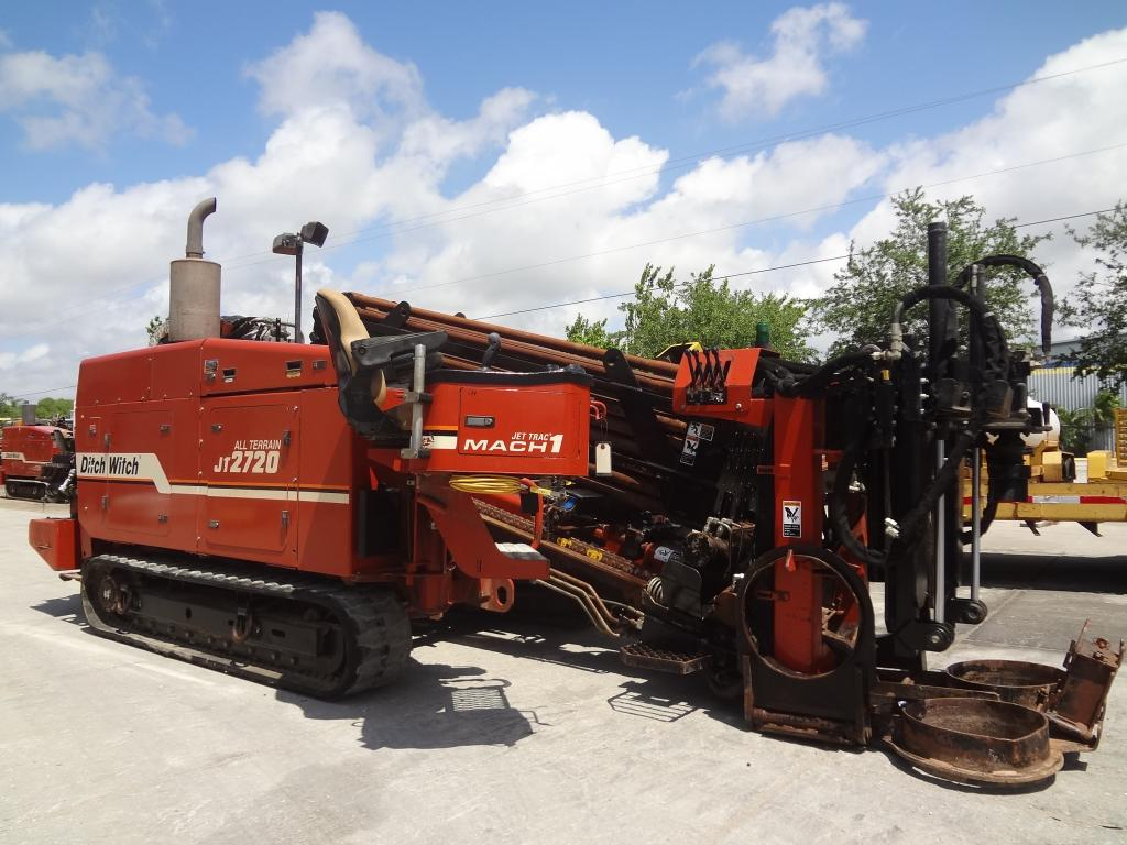 Ditch Witch 1